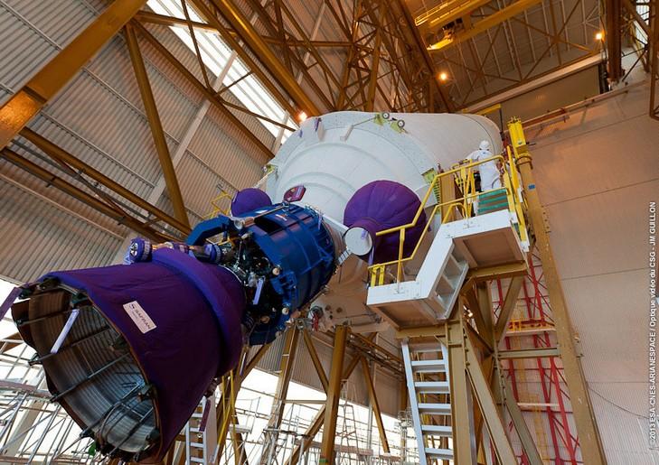 http://astro-notes.org/memo/ariane v v216 vulcain.jpg
